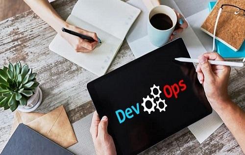 چنانچه می خواهید به عنوان متخصص نگهداری سیستم و کارشناس DevOps استخدام شوید لازم است تا از مهارت های تخصصی زیر برخوردار باشید تا بتوانید نظر کارفرما را جلب نمایید.